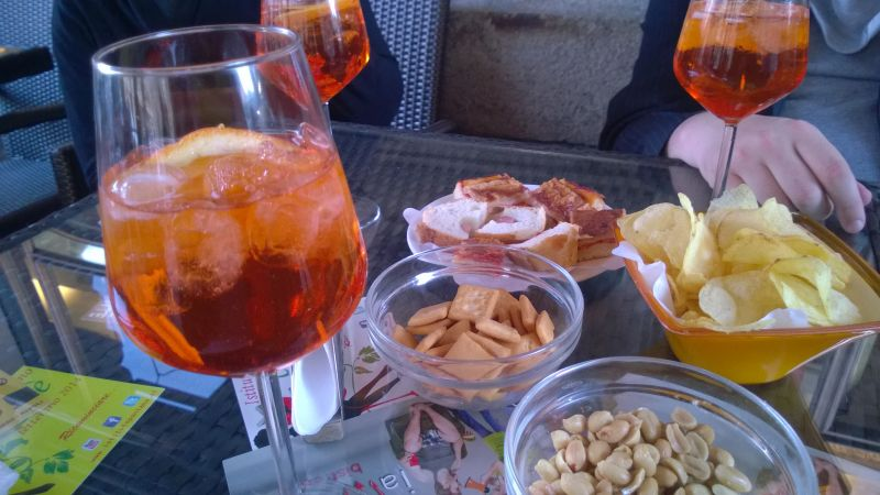 Apero in Neapel